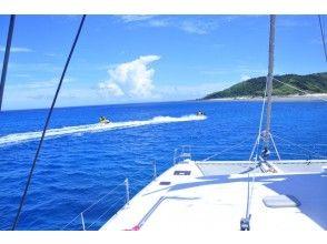 プランの魅力 Relaxing cruising between the main island of Okinawa and Kerama の画像