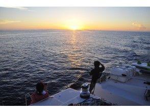プランの魅力 Sunset cruising overlooking the sunset in Kerama の画像