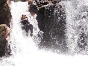 【滋賀】世界でココだけ!キャニオンスイミング 神崎川の魅力の説明画像