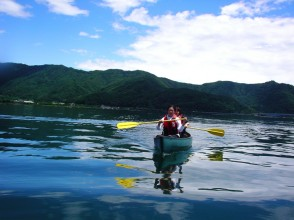 [Yamanashi Kawaguchiko] for people want to ride in the canoe! Charm of description image of canoe guide (30 minutes)