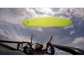 【栃木・佐野】講習後に単独飛行! モーターパラグライダー(フライト体験コース)の魅力の説明画像