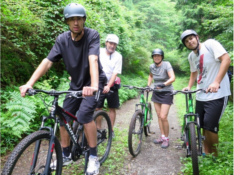 MTB experience directly feeling the nature of Hakone every season