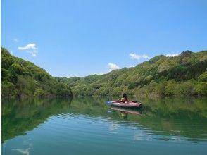 プランの魅力 Spring Fujiwara Lake fresh green canoe の画像