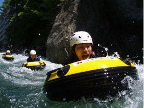 [กุมน้ำ] ★รุนแรงระดับห้าดาวกลายเป็นแม่น้ำและร่วมกัน! HydroSpeed ยอดนิยมคำอธิบายที่น่าสนใจของภาพ (หลักสูตรครึ่งวัน)