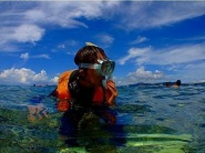 Practice diving in the beautiful sea!