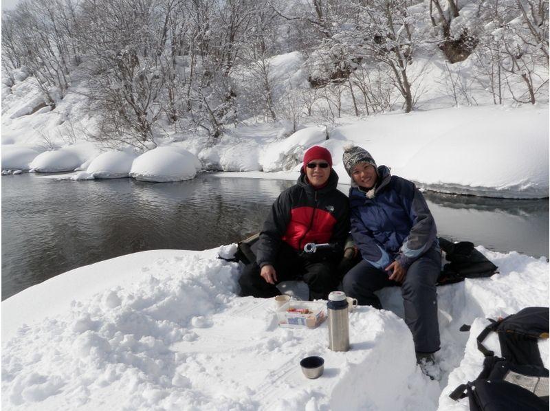 晴れていれば川の真ん中でお茶タイム