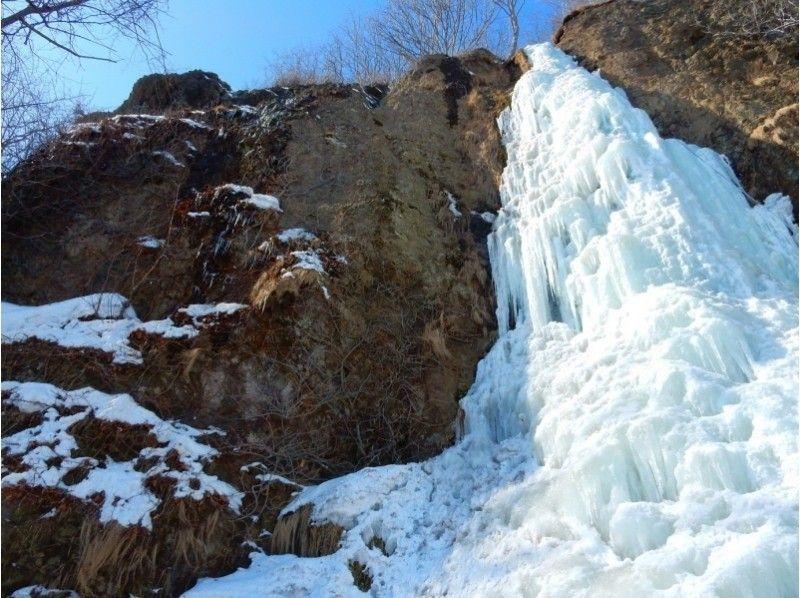 氷の滝や流氷原の絶景