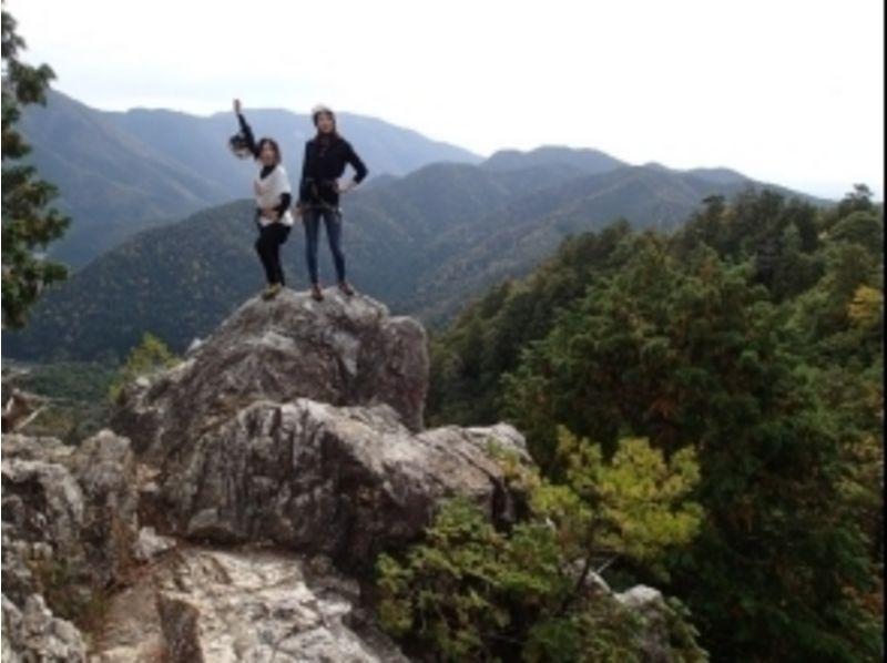 岩稜のてっぺんに到着