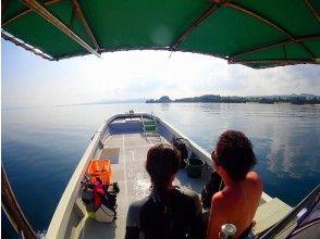 ダイビング終了後もボートで帰ります。