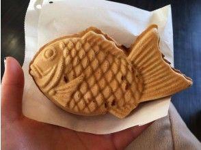 Taiyaki store (fish shaped sweet pancake)