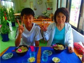 오키나와 식당에서 점심