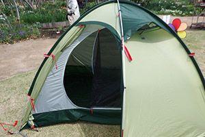 テント設営、宿泊