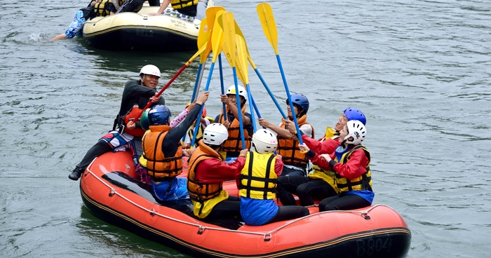 How do I participate in a rafting competition?