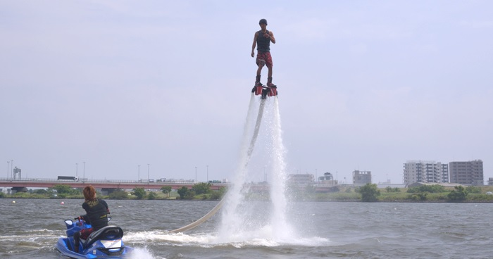 Fly board that you can feel free even for the first time