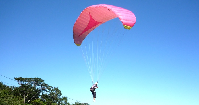 Paragliding can also be enjoyed in Kanto