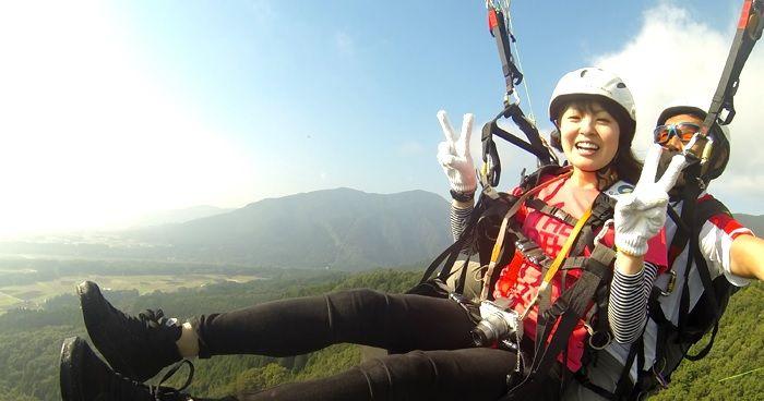 มัดจำดำเนิน paraglider