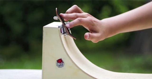 スケーターのマストアイテム『Finger Skateboard(フィンガースケートボード)』!!