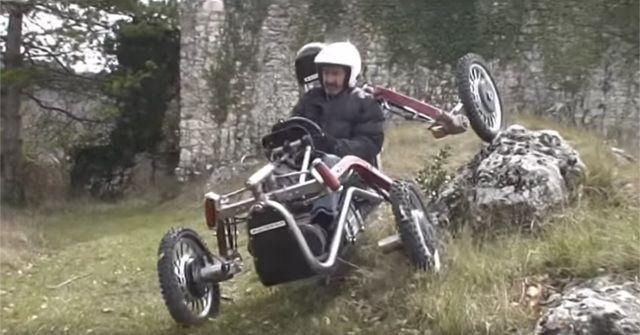 どんな悪路でもバランスを取って走行する『SWINCAR E-Spider』がスゴイ!!