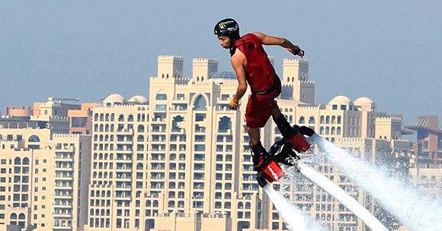 教えてくれた選手もいるかも!?『Flyboard(フライボード)』日本代表チーム5名がドバイで開催される世界選手権大会に参戦!!