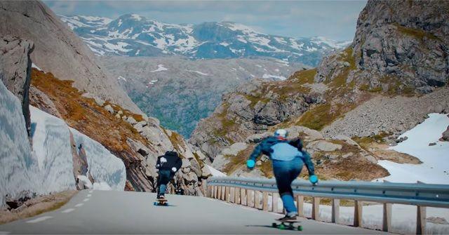Downhill Longboarding(ダウンヒルロングスケートボード)