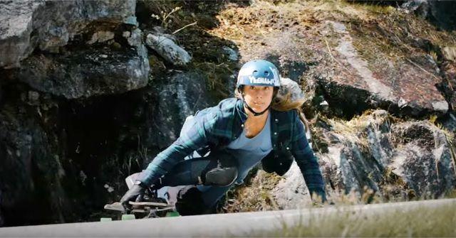 スタイリッシュなスケーティング!『Downhill Longboarding(ダウンヒルロングスケートボード)』がやりたくなる!
