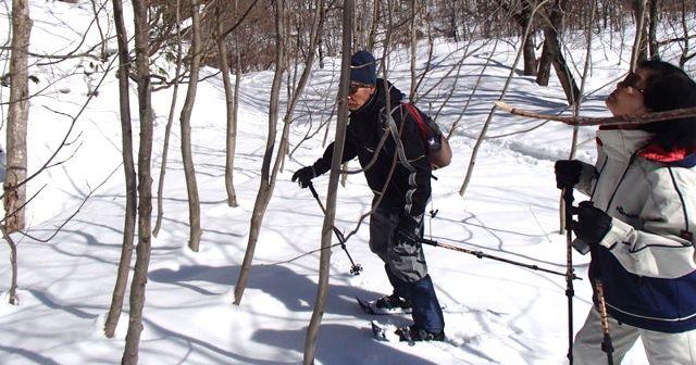 この冬は『スノーシュー(snowshoeing)』で雪山を満喫しよう!