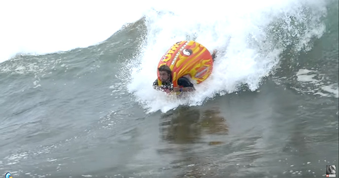SUMO TUBE SURFING