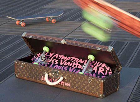 Louis Vuitton (Louis Vuitton) skateboard