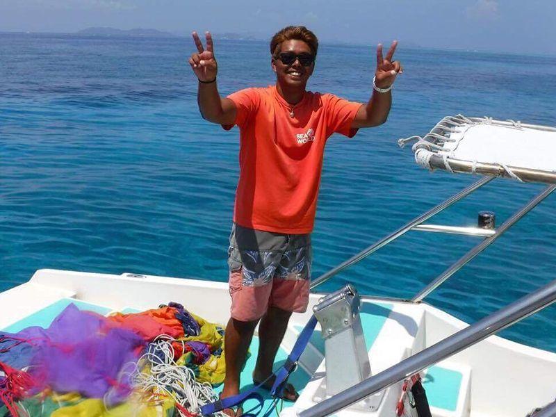 沖縄sea world スタッフ