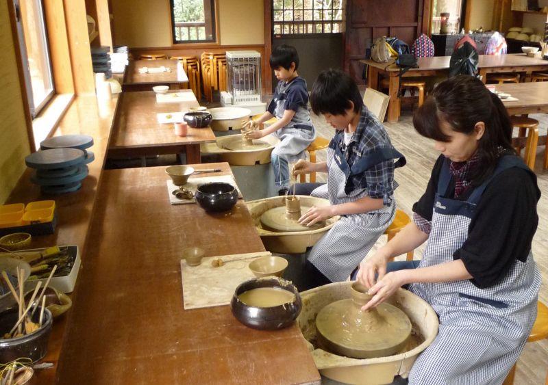 Izu pottery experience