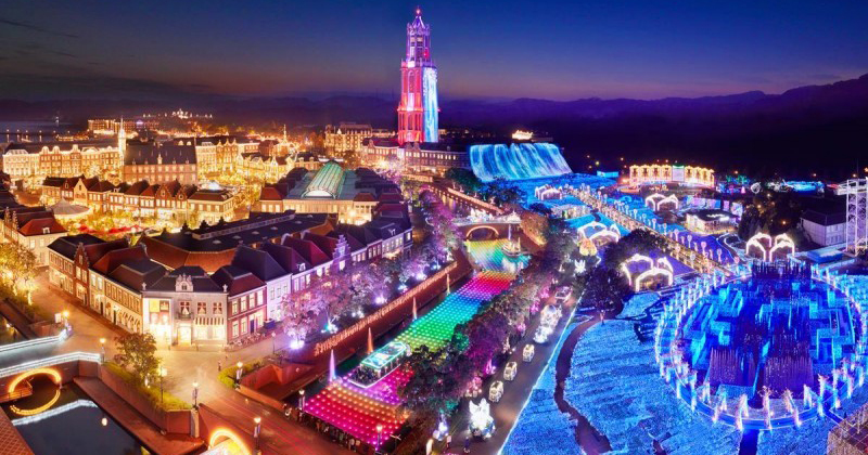 Nagasaki Huis Ten Bosch (HTB) admission ticket 1DAY passport reservation sale start! adult trying to enjoy the care theme park attractions!