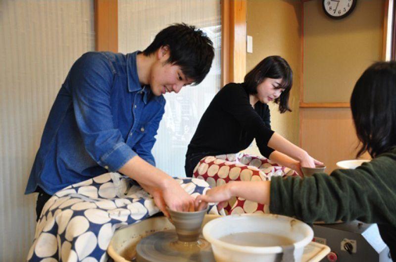 【京都陶芸体験】清水のおすすめ陶芸教室でろくろ体験!京都観光で気軽に茶碗やお皿を作れる「嘉祥窯陶芸教室」