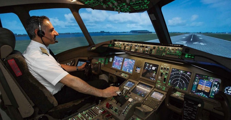 """【 Tokyo · Flight simulation 】 The pilot feeling with professional specification full-fledged experience! Recommended facility """"SkyartJAPAN"""""""