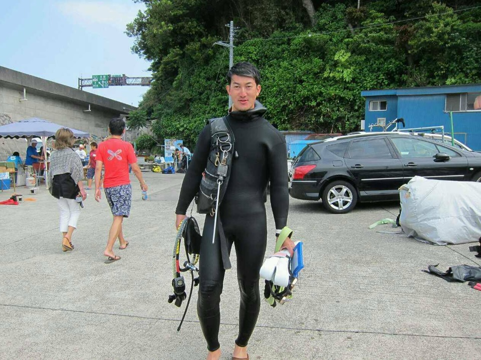 Hayama diving popular staff