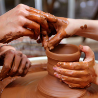 陶芸を体験