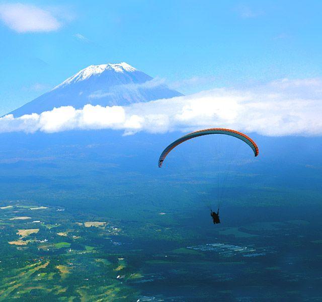 mountfuji - paraglider