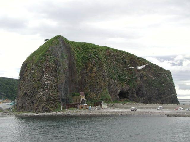 知床・おすすめ観光スポット:オロンコ岩
