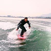 ウェイクサーフィン